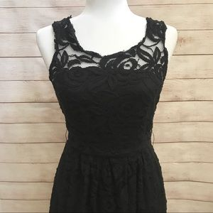BB Dakota black lace midi dress